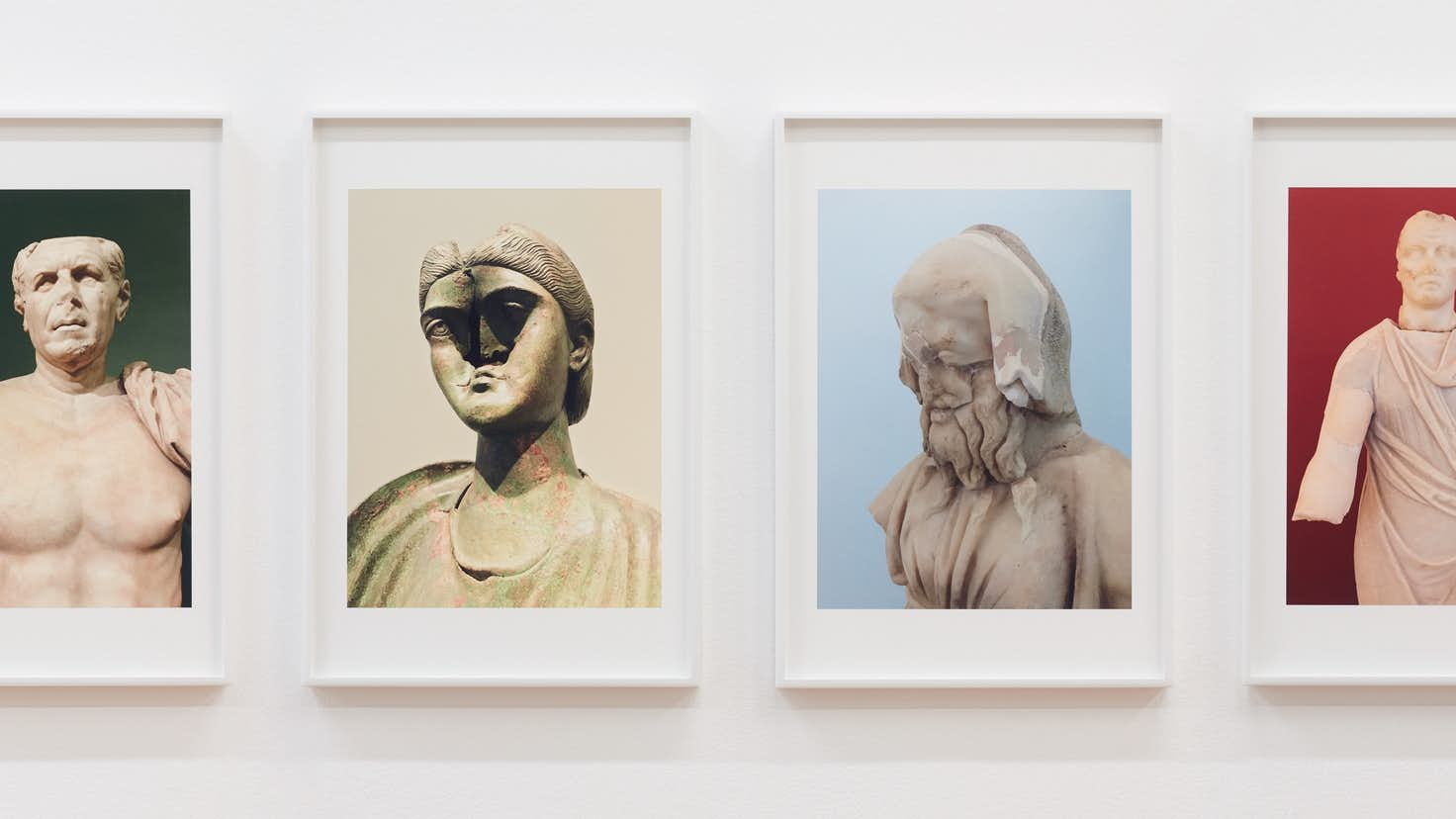 ポップと美術史をコラージュするニューヨークの彫刻家、日本初個展 ...
