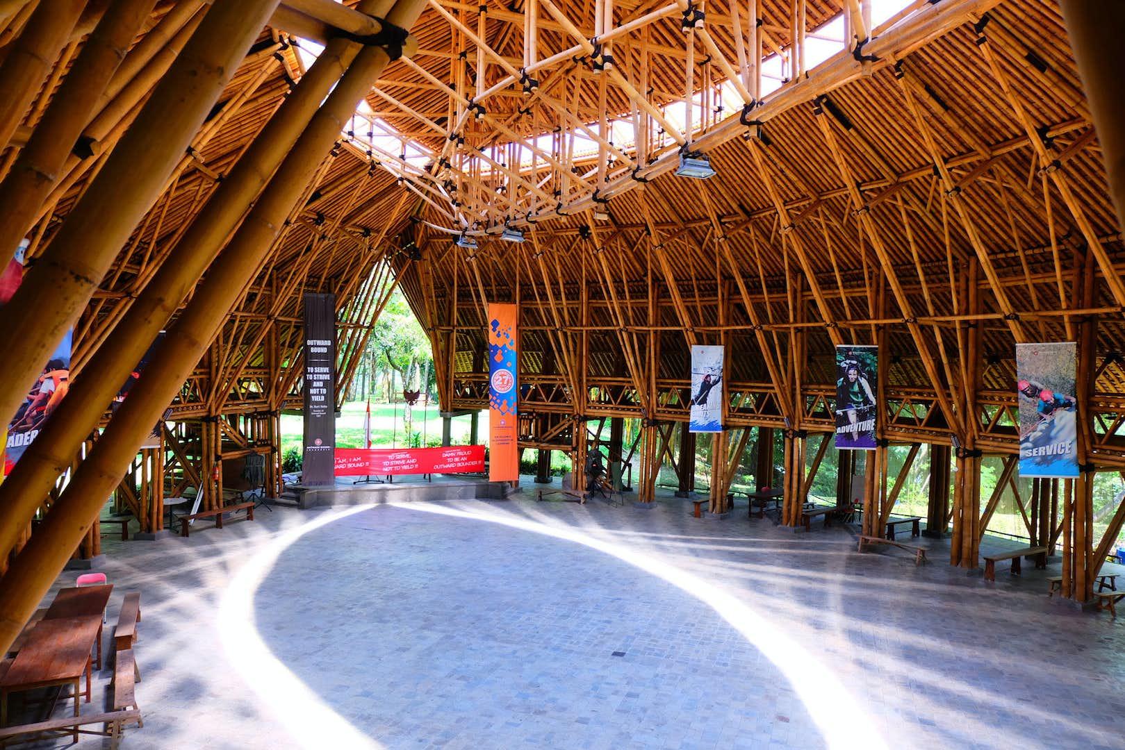 未来のための技術を探る。建築倉庫ミュージアムで「- Green, Green and Tropical - ⽊質時代の東南アジア建築展」が開催
