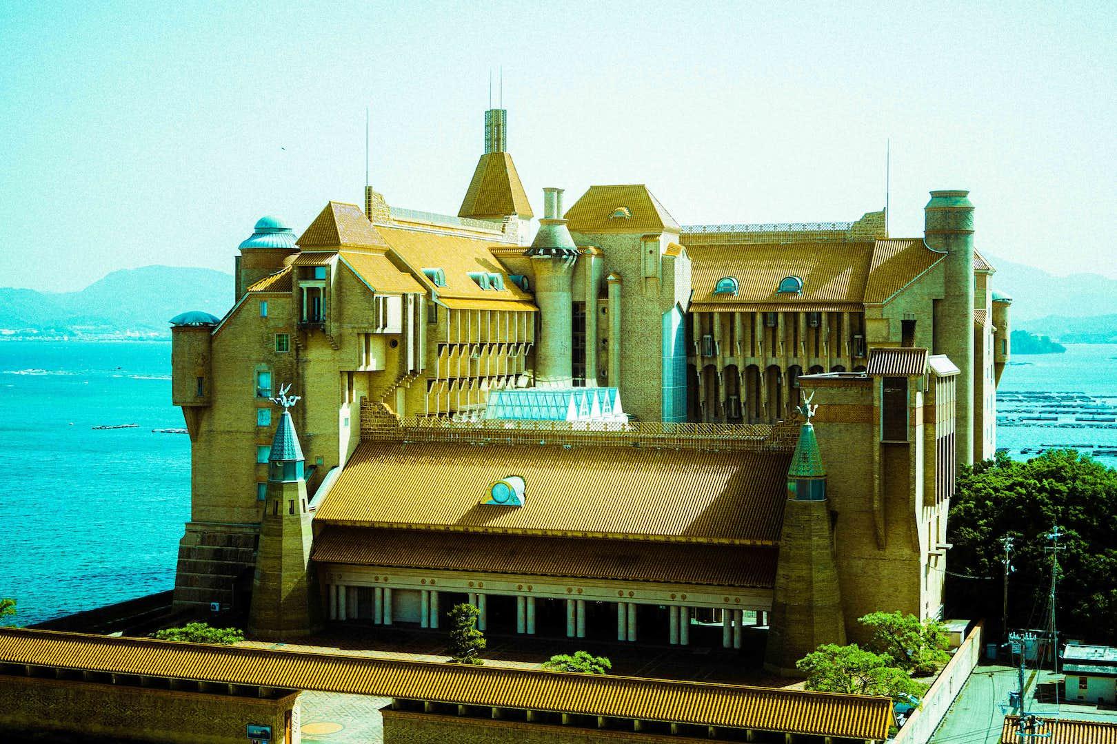 目印は豪華絢爛な建築。ホテル川久が「川久ミュージアム」として本格始動へ