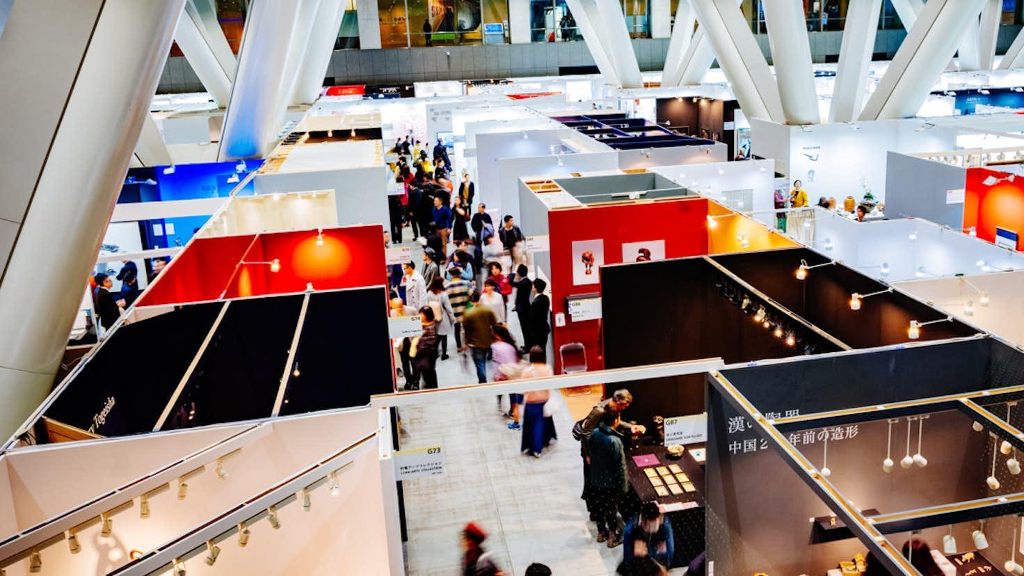 アートフェア東京2021のテーマが「by Art」に決定。オンラインプログラムも開催|美術手帖