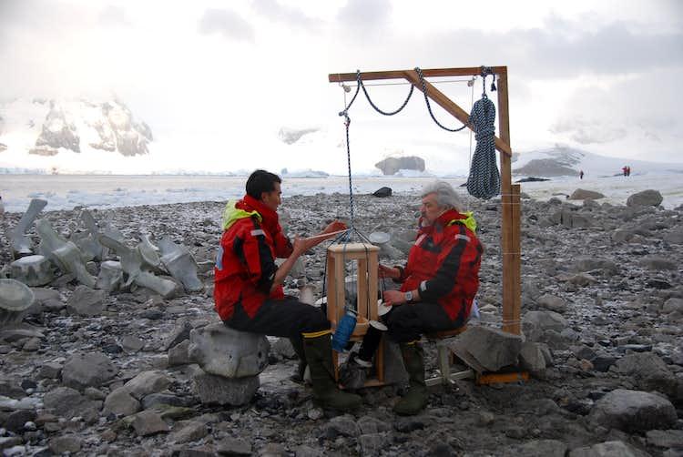 舞台は南極。 「第1回南極ビエンナーレ」で問い直す人類と芸術の関わり ...