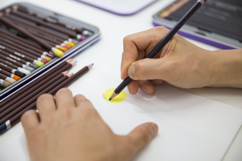 色鉛筆 ダーウェント